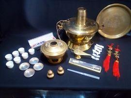 004 assorted asian pieces incl mongolian pot