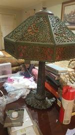 Bradley  Hubbard  Lamp