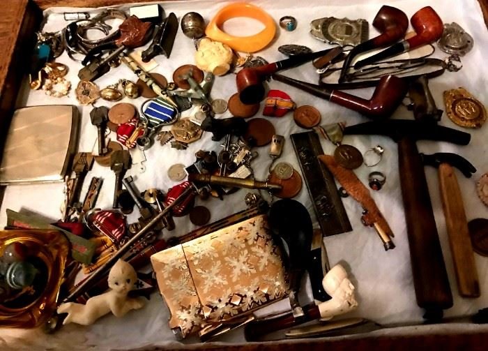 Mixture of fun vintage collectibles, pipes, medals, buttons, etc.