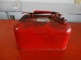 3 1 2 gallon gas can