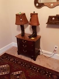 2 Lamps cowboy boots and shade