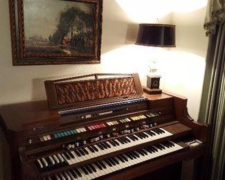 Hammond keyboard