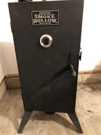 Smoke Hollow Smoker