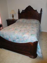 Sumter queen size bed
