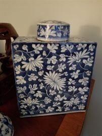 antique Chinese large jar with lid, square, blue and white