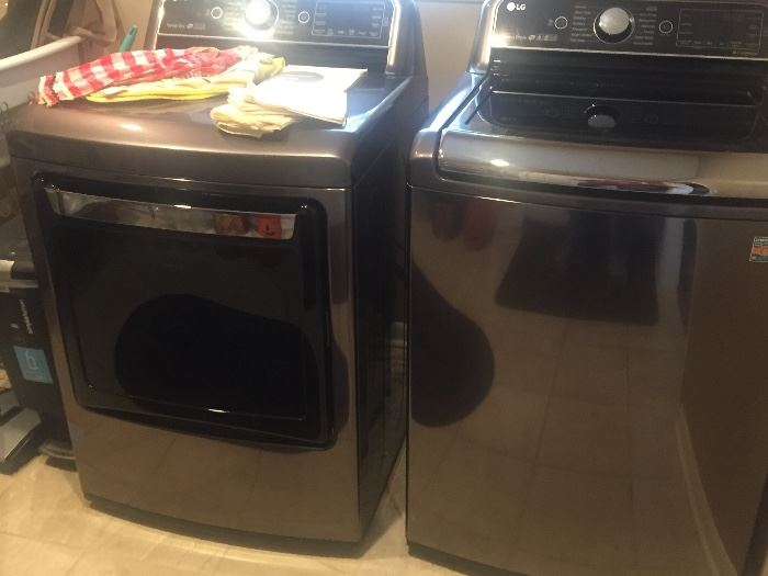 LG washer and dryer (nearly new)