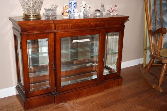 Pulaski lighted cabinet