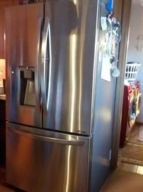 "LG-Electronics-28-5-cu-ft-French-Door-Refrigerator-with-Door-in-Door-and-Dual-Ice-Makers-in-Stainless-Steel Purchased new $2500 with 10 manufacture warranty 2 ice makers and much more! 3'w X 5'10""h  X 2' 8 1/2""d. TOP OF THE LINE!  COPY AND PASTE LINK FOR MORE DETAILS https://www.homedepot.com/p/LG-Electronics-28-5-cu-ft-French-Door-Refrigerator-with-Door-in-Door-and-Dual-Ice-Makers-in-Stainless-Steel-LFXS29766S/205343223?cm_mmc=SEM%7cTHD%7cgoogle%7cD29+Appliancesmid=sTPzLWkmC%7cdc_mtid_8903tb925190_pcrid_305313044529_pkw__pmt_b_product__slid_&gclid=Cj0KCQiA-onjBRDSARIsAEZXcKYB_be5_XrCqeZ1NzNZv-Gc-L8P9HoM8mHLXnhMKxNZ_JsMqFilMzoaAuILEALw_wcB&gclsrc=aw.ds"