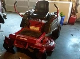 "Murray MZ 2142 Zero Turn Mower 26"" inch deck purchased in 2012 for $2,600 and only 160 hours"