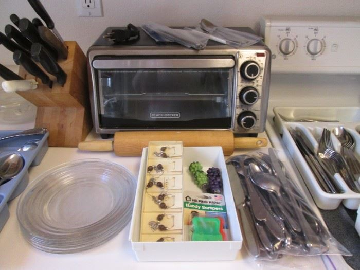 Flatware, Knives in Block & Toaster Oven