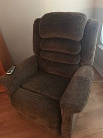 Lift chair - pristine - with heat and massage!