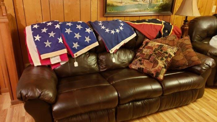 Beautiful leather reclining sofa set