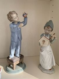 Lladro Night Before Christmas series figurines - many with boxes and certificates