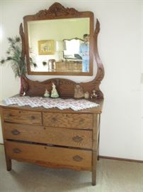 Nice antique oak dresser