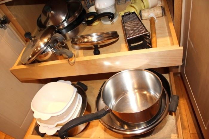 Kitchenware - Pots, Pans, Casseroles