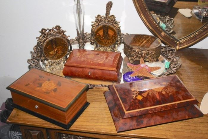Decorative Boxes and Vanity Accessories