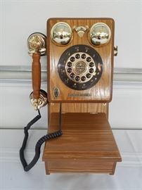 Crosley Limited Edition Antique Replica Telephone
