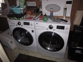 NEW LG WASHER AND DRYER FRONT LOAD