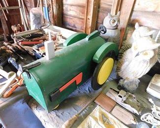 John Deere Tractor Mailbox