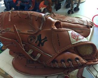 Gatorade New York Yankees Baseball Glove