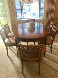 •	1960's Hollywood Regency Dining Room table with 6 chairs