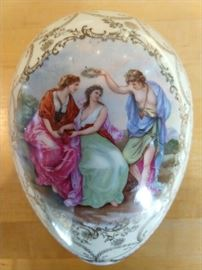 Gorgeous hand painted Royal Vienna porcelain egg, artist signed, by Angelica Kaufmann.