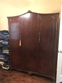 huge armoire- great insides  !! i will get a pic up soon