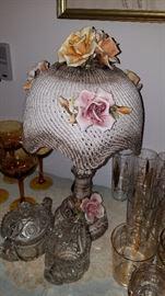 Ceramic Roses table lamp