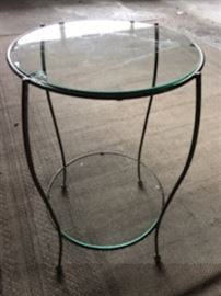 2 tier glass stand