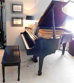 1977 Model M Steinway Baby Grand Piano - NICE
