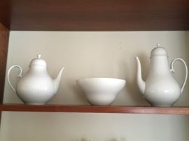 """""""Romance"""" pattern of China from Germany. Larger pieces designed by Rosenthal artist Bjorn Wiinblad."""