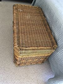 Two-color Wicker Storage Basket