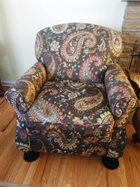 Traditional Accent Chair with Rolled Arms and Rolled Back (Fusion Furniture, Inc. Made in USA)