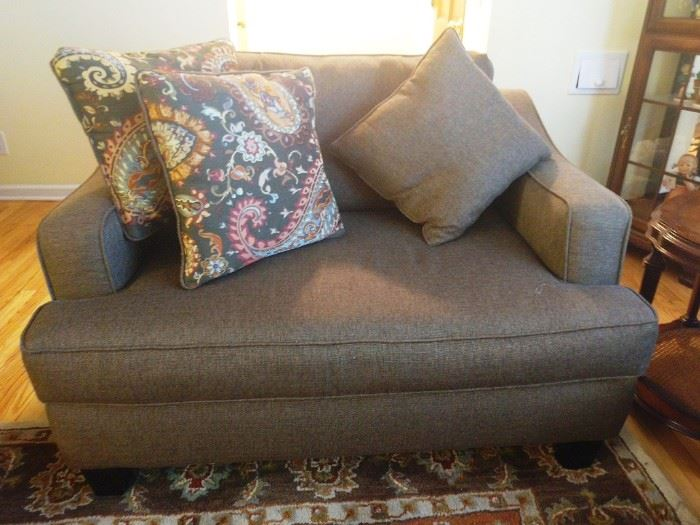Loveseat (Fusion Furniture, Inc. Made in USA)