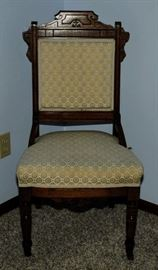 ONE OF TWO VICTORIAN SIDE CHAIRS [PAIR]