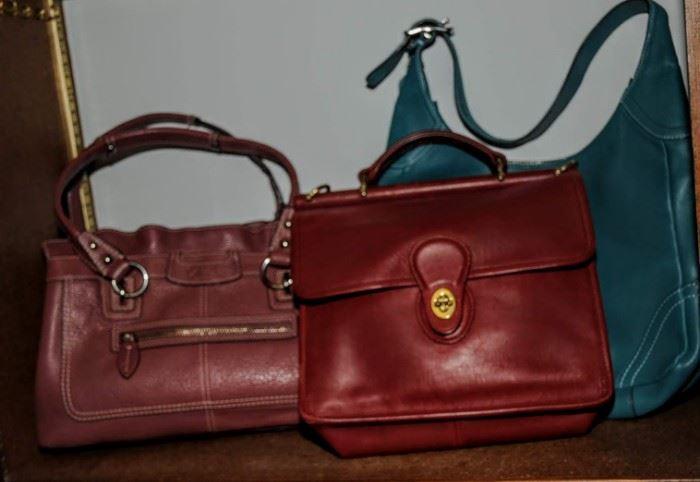 SEVERAL COACH HAND BAGS
