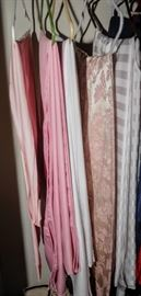 TABLE CLOTHS READY TO USE