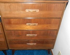 MCM HIGH BOY DRESSER THAT MATCHES THE LOW BOY. PRICED SEPERATE
