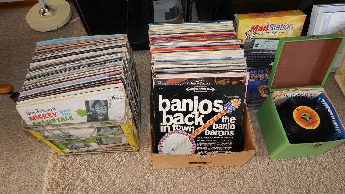 RECORD ALBUM COLLECTION, INCLUDING 45'S
