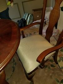 Gorgeous Dining Room Table 6 Chairs, Light Fixtures and Rug Cash and Carry