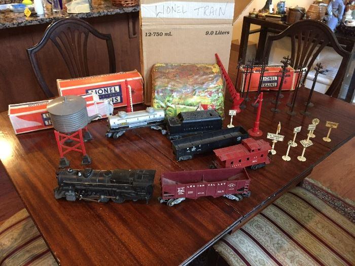 Lionel trains & accessories with original boxes