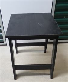 Side Table https://ctbids.com/#!/description/share/102125
