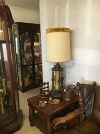 Display cabinet - lamp - end table