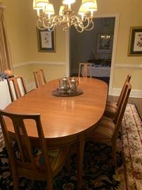 """MCM  Drexel Dining Table- 64x44 / has three 12"""" leaves. Extends to 100 X 44 . Includes Custom Table Pads"""