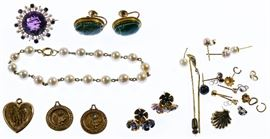 14k Gold Jewelry Assortment