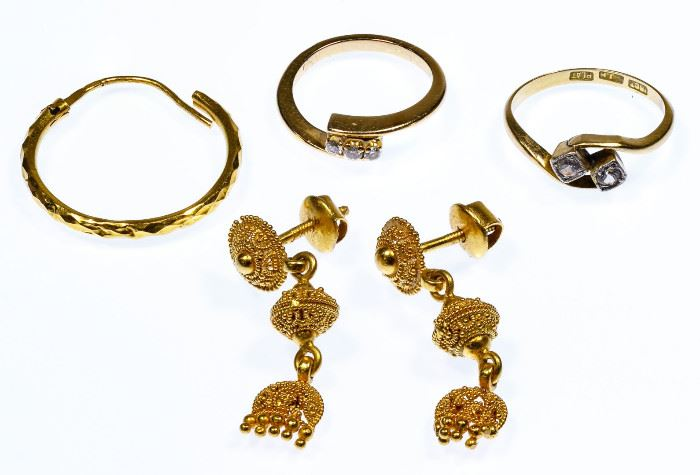 22k Gold 18k Gold and 14k Gold Jewelry Assortment