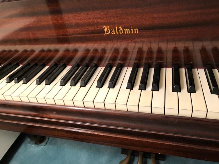 BALDWIN GRAND MODEL M WITH RECEIPT FROM JANUARY 1947 PRICE $1973.00 PERLMAN PIANOS 347 GRAND STREET NEW YORK CITY