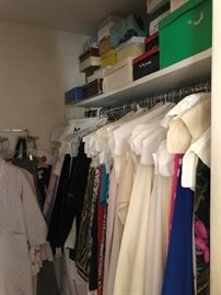 CLOSETS AND CLOSETS OF CLOTHING