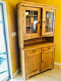 Kitchen Cabinet / Curio