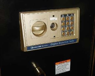 VALUABLES TALL SAFE BUNKER HILL SECURITY